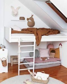 Kids Room Bed On Floor Children Ideas Cute Girls Bedrooms, Girls Bunk Beds, Shared Bedrooms, Kid Beds, Kid Bedrooms, Modern Kids Bedroom, Modern Bunk Beds, Kids Room Bed, Boy Room