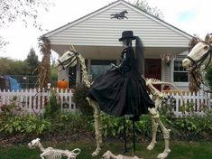 80 + CREEPY OUTDOOR HALLOWEEN DECORATION IDEAS (66) - carribeanpic.com