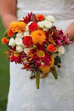 barn-wedding-bouquet.jpg.optimal.jpg (396×595)