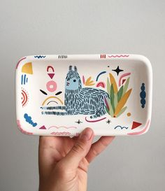 Beautiful tray/dish by Miriam Brugmann Ceramic Clay, Ceramic Pottery, Pottery Art, Slab Pottery, Thrown Pottery, Pottery Painting, Ceramic Painting, Jaguar, Clay Crafts