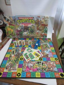 With the new Ninja Turtles movie coming out it's a great time to highlight this vintage 1987 Teenage Mutant Ninja Turtles Pizza Power Game. Battle your way through the streets and sewers of N… Ninja Turtles Movie, Teenage Mutant Ninja Turtles, Movies Coming Out, Board Games For Kids, Pinball, Tmnt, Highlight, Battle, Pizza