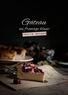 Gâteau au fromage blanc fruits rouges Cheesecake Fruits Rouges, Dessert Light, Salty Foods, Gateaux Cake, Paris Restaurants, Time To Eat, Cottage Cheese, Flan, Cheesecakes