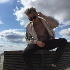 Bomber Jacket, Hipster, Jackets, Tik Tok, Instagram, Style, Fashion, Down Jackets, Swag