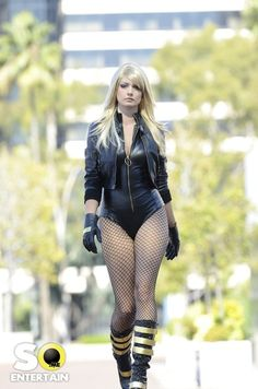 Black canary on Pinterest | Black Canary, Green Arrow and Harley Quinn Dc Cosplay, Best Cosplay, Cosplay Girls, Cosplay Costumes, Cosplay Ideas, Harley Quinn, Steam Punk, Amazing Cosplay, Black Canary