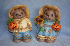 I like my Teddy Bears & scarecrows, here they are together!!
