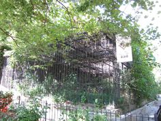 Historical Pictures of Baltimore Maryland | Baltimore Zoo - Old cage by the zoo exit » The Maryland Zoo in ...