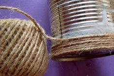 Cum facem o vaza rustica dintr-o cutie de conserve - CAIETUL CU IDEI Wicker Baskets, Home Decor, Decoration Home, Room Decor, Woven Baskets, Interior Decorating