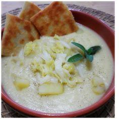 Crema di verza e patate con crostini di asiago