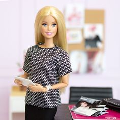 #barbiestyle  In the office today, checking items off my to-do list! ✔️ #barbie #barbiestyle