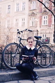 ⋇ ∵ Le bibliothécaire ∵ ⋇