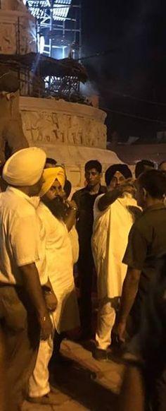 Inspection of development work in golden Temple area with Sukhbir singh JI Badal Dy cm punjab & s gurpartap singh tikka . Sukhbir ji inspecting the work near Golden Temple at 11pm . #proudtobeakali #akalidal #punjab