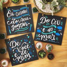 Chalk Lettering, Plate Art, Lettering Tutorial, Posca, Chalkboard, Sweet Home, Geek Stuff, Diy Crafts, Floral
