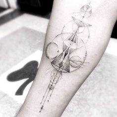Tatuajes geométricos por Dr. Woo | MUNDO FLANEUR