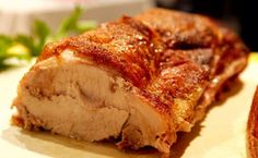 Schweinsbraten mit Kruste ist ein herhaftes Rezept bei dem jeder gerne nochmal zugreift.