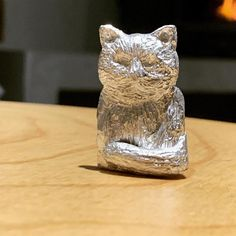 his gorgeous little cat was carved months ago by the very talented @georgianajanearcher in the Stone Setting in Wax Workshop. I've finally had the chance to have this cast in sterling silver. Georgiana is now living in Tassie but will be back at some stage to set some gemstone eyes in this amazing piece. ❤️💎