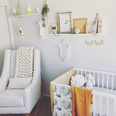 Gender neutral gorgeousness featuring our Summer Linen blanket in mustard ( now sold out) and our natural linen cot sheet. If you are loving mustard and naturals .. stay tuned for lots of new unisex goodness or better yet join our newsletter. . This gorgeous nursery belongs to one of our lovely customers @missnat1280 . . #unisexnursery #linencotsheet #simplethings #mustardthrow #babynursery #bohonursery #genderneutralnursery