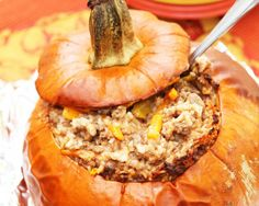 Camping Recipe: Campfire Dinner in a Pumpkin – The Greater Outdoors Campfire Stew, Campfire Food, Camping Dishes, Camping Meals, Backpacking Recipes, Camping Guide, Camping Activities, Sin Gluten, Easy Healthy Dinners
