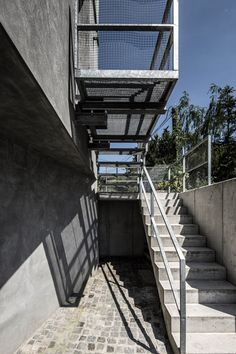 Family House Dlhe Diely Bratislava by Plusminus Architects.