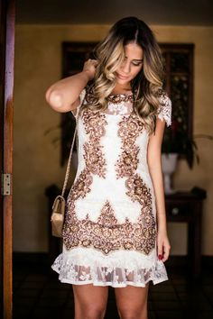 Amo esse vestido Agilitá! Night Outfits, Fashion Outfits, Sandy Blonde, Fancy Schmancy, Glamour, Get The Look, Ideias Fashion, Style Me, Formal Dresses