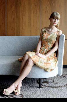 Taylor Swift Hot, Estilo Taylor Swift, Taylor Swift Style, Red Taylor, Taylor Swift Photoshoot, Miss Americana, Taylor Swift Pictures, Celebs, Celebrities