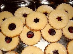 Dia-Linecké koláčky Christmas Star, Christmas Cookies, Dieta Detox, Star Food, Cinnamon Powder, Red Fruit, Baking Sheet, Melted Butter, Quick Easy Meals