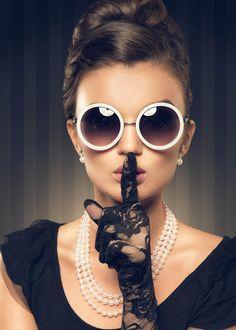 Cat Eye Sunglasses, Round Sunglasses, Sunglasses Women, Nice Glasses, Retro, Canvas, Products, Fashion, De Stijl