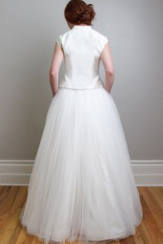 Wedding Trend: 36 Glamorous & Stunning Two-Piece Wedding Dresses:  #6. This Vintage-Inspired Match