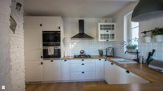 kuchnia skandynawska z blatem dębowym - zdjęcie od SELFIA - Kuchnia - Styl Skandynawski - SELFIA