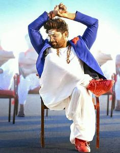 New trending allu Arjun amazing pic collection 2019 - Inofy Handsome Celebrities, Handsome Actors, Indian Celebrities, Dj Movie, Movie Photo, Actor Picture, Actor Photo, Bollywood Posters, Bollywood Actors