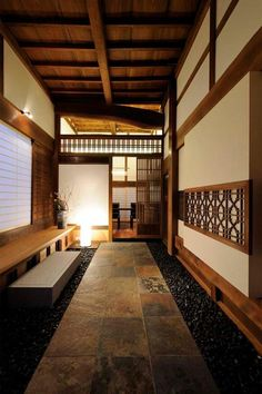 35 Japanese Decor Bring You Peace and Harmony - Page 31 of 35 - VimDecor Modern Japanese Architecture, Japanese Interior Design, Japanese Design, Modern Interior, Interior Architecture, Pavilion Architecture, Sustainable Architecture, Residential Architecture, Japanese Style House