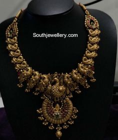 Where Sell Gold Jewelry Info: 8905064834 Gold Chain Design, Gold Jewellery Design, Gold Jewelry, Gold Necklaces, Indian Wedding Jewelry, Indian Jewelry, Bridal Jewelry, Collier Antique, Chakra