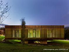 Escuela infantil en el Campus Universitario de Orense | Abalo Alonso Arquitectos | 2012