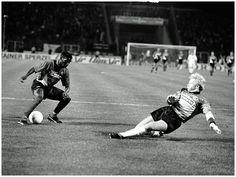 "Augustine ""Jay-Jay"" Okocha (Eintracht Frankfurt, 1992–1996, 90 apps, 16 goals) dribbling Oliver Kahn during Eintracht Frankfurt vs Karlsruhe SC."