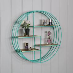 Simple Decor Ideas For Teen Girl Bedrooms Dublin, Diy Wall Decor For Bedroom, Bedroom Wall, Bedroom Sets, Bedroom Furniture, Gold Shelves, Display Shelves, Retro Room, Retro Art