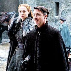 """petyrbaelishs: """"Exclusive new picture of Sansa Stark and Petyr Baelish in Game of Thrones Season 7 """""""