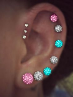 A triple forward helix and other piercings included on to the ear Ear Peircings, Cute Ear Piercings, Multiple Ear Piercings, Body Piercings, Piercing Tattoo, Piercing Orbital, Tattoo Ink, Helix Jewelry, Ear Jewelry