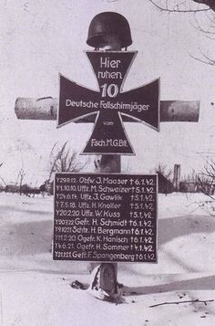 """gruene-дьявол:  """"""""Here остальные 10 German paratroopers from the Parachute Machine-gun Battalion.""""  Among the dead are private one, two corporals, two Лэнс corporals, four сержанты, and one staff sergeant.  """""""