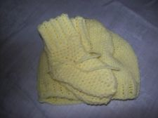 VT Handmade Infant/Toddler Hat & Booty set