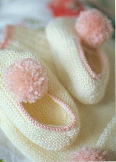 Ravelry: Dressing Gown with Hat and Slippers pattern by Debbie Bliss