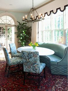 I love this curved banquette.