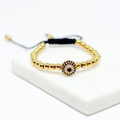 Simply Gold Bracelet