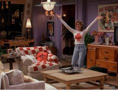 """Red Cross and light blue jeans Rachel Green Wore On The First Season Of """"Friends"""""""