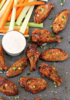 Salt and Vinegar Wings are my favorite thing to order out, or were my favorite wings to order out. Now I can make them even better at home!Before Buffalo Wild Wings came around I had never had a salt … Easy Appetizer Recipes, Appetizers For Party, Easy Dinner Recipes, Dinner Ideas, Baked Garlic Parmesan Chicken, Vinegar Chicken, Crispy Chicken Wings, Chicken Wing Recipes, Main Dishes
