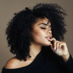 99.40 USD 360 Lace Wigs Afro Kinky Curly Mongolian Virgin Hair Full Lace Wigs 180% Density 100% Human Hair Wigs Natural Hair Line Wigs https://www.eseewigs.com/360-lace-wigs-afro-kinky-curly-mongolian-virgin-hair-full-lace-wigs-180-density-100-human-hair-wigs-natural-hair-line-wigs_p1669.html