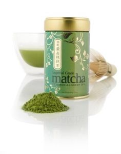 Teavana has one of the highest grade matcha powders! Here is a great matcha smoothie recipe. I also love mixing a little matcha powder with honey and lemon and using it as a face mask. High in antioxidants and beneficial for inner and outer wellness Chai, What Is Matcha, Green Tea Smoothie, Matcha Smoothie, Matcha Green Tea Powder, Japanese Tea Ceremony, Tea Packaging, Drinking Tea, Herbalism