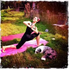 Parks, dogs and #yogaanywhere