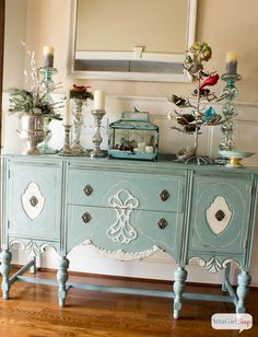 Birds in Winter: Foyer Decorating Ideas. Beautiful color on chest.