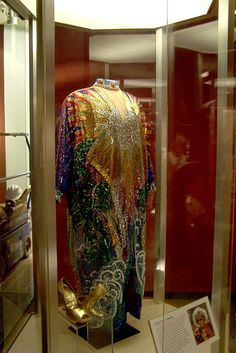 Module 6: Celia Cruz costume by national museum of american history, via Flickr Her costumes were symbols of her life