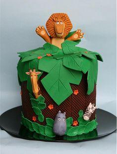 Madagascar birthday cake  www.decorazionidolci.it Idee e strumenti per il #cakedesign