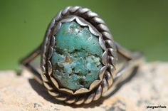 Vintage  Signed Navajo  925 Sterling Silver Turquoise Ring